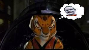 tijgerin, die tigerin driving batwing