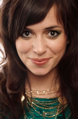 victoria's female crush,Eve Myles