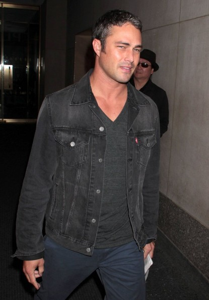 Taylor Kinney images C...