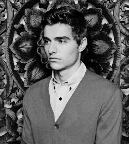 Dave Franco fond d'écran probably with a business suit and a well dressed person titled Dave Franco