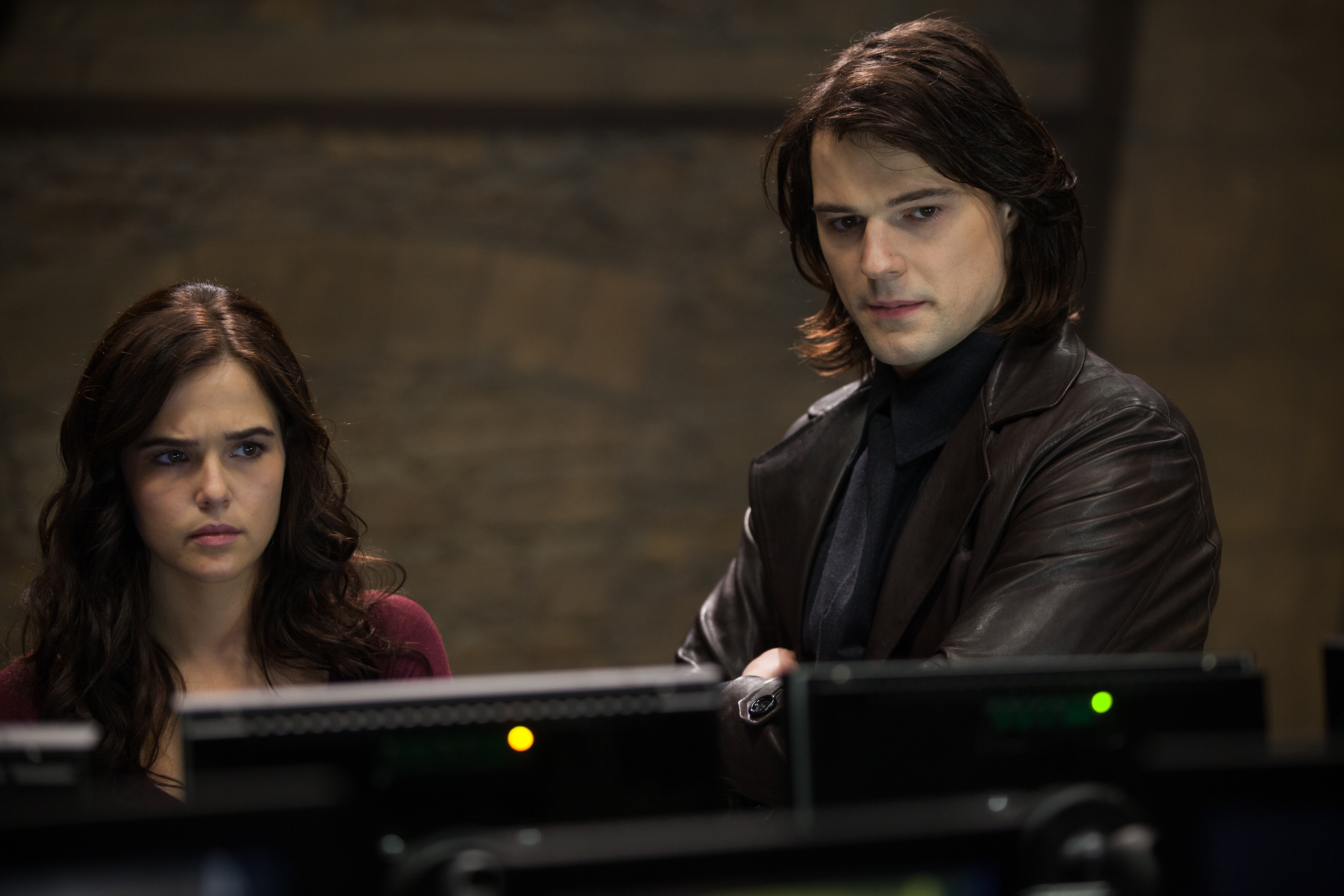 New HQ Vampire Academy stills - Dimitri Belikov Photo ...