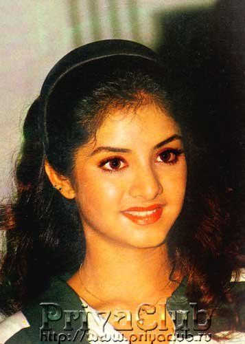 ディヴィヤ・バラティ 壁紙 containing a portrait entitled Divya Bharti