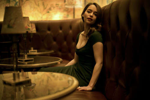 Emilia Clarke fond d'écran entitled Photoshoot