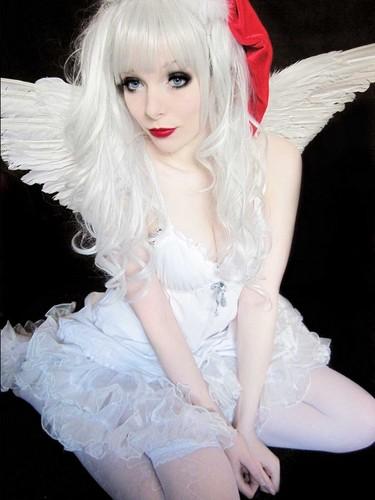 Emo wallpaper entitled ira, vampira, emo, girl, scene, queen, make up, hair, pastel goth, gothic, cosplay, anime, manga, wh