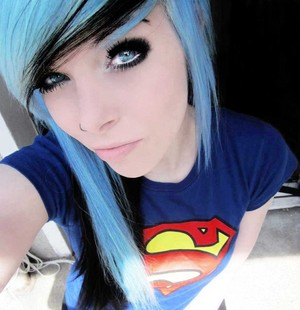 ira, vampira, emo, girl, scene, queen, make up, hair, pastel goth, gothic, cosplay, anime, manga, wh