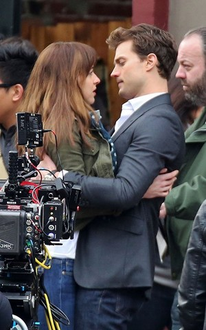 Jamie & Dakota on set - December 19th