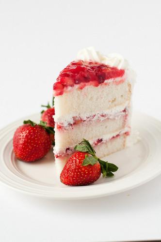 খাবার দেওয়ালপত্র containing a virginia strawberry, a strawberry, and a সৈকত স্ট্রবেরি called স্ট্রবেরি Cake
