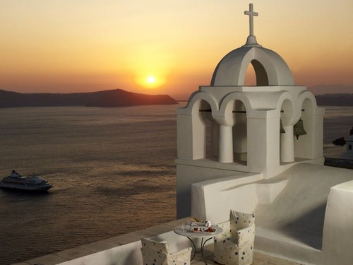 Greece 바탕화면 containing a bell, a church bell, and a 벨 entitled Beautiful Greece
