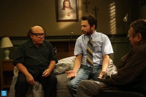IASIP - Episode 9.10 - The Gang Squashes Their Beefs - Promotional ছবি