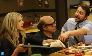 IASIP - Episode 9.10 - The Gang Squashes Their Beefs - Promotional photos