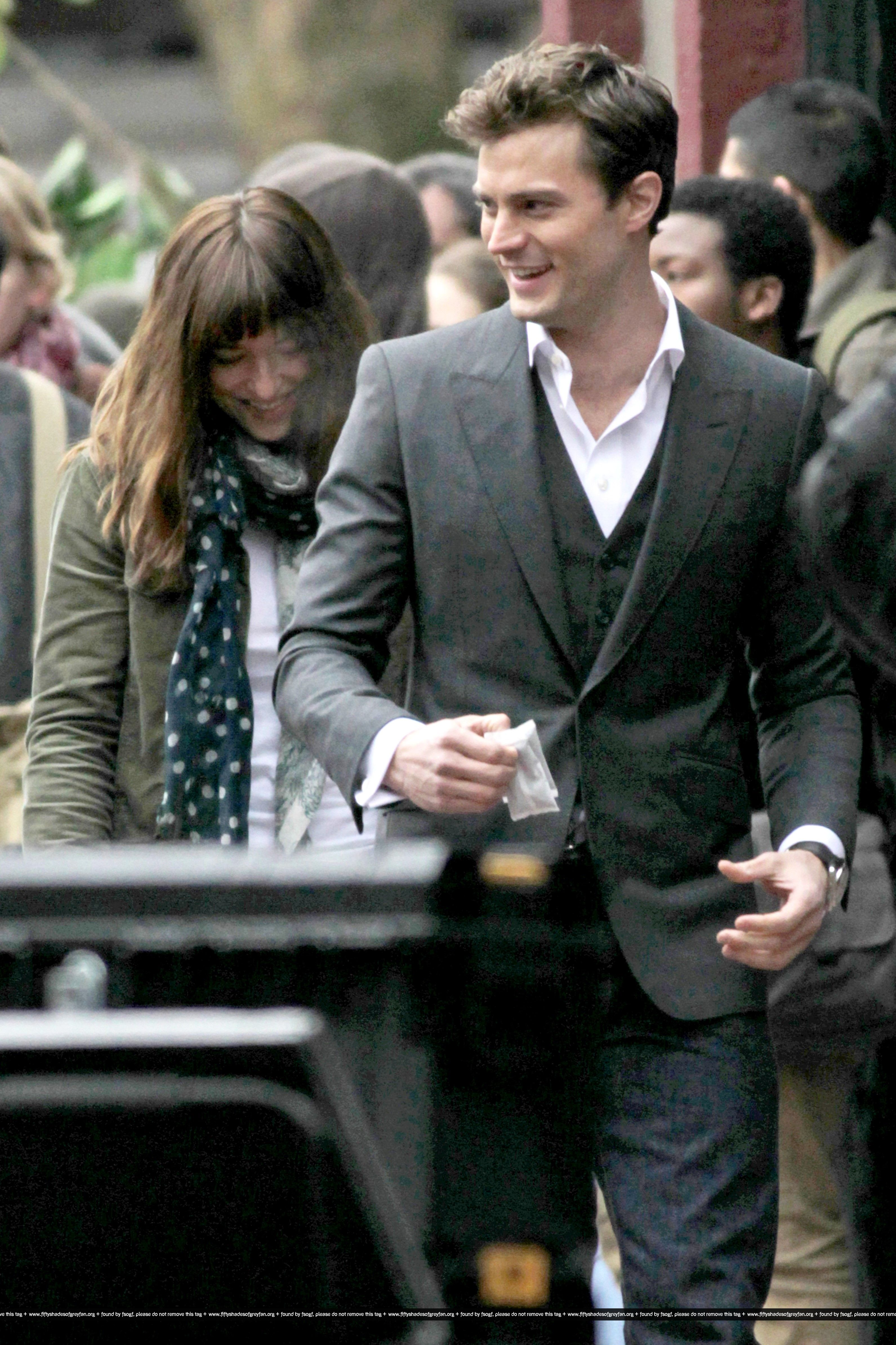 On set december 19th jamie dornan dakota johnson photo for Movie the fifty shades of grey