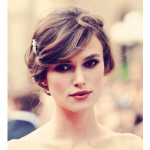 Keira Knightley پیپر وال containing a portrait called Keira Knightley