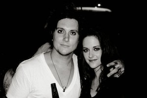 New/Old Picture of Kristen with Synyster Gates