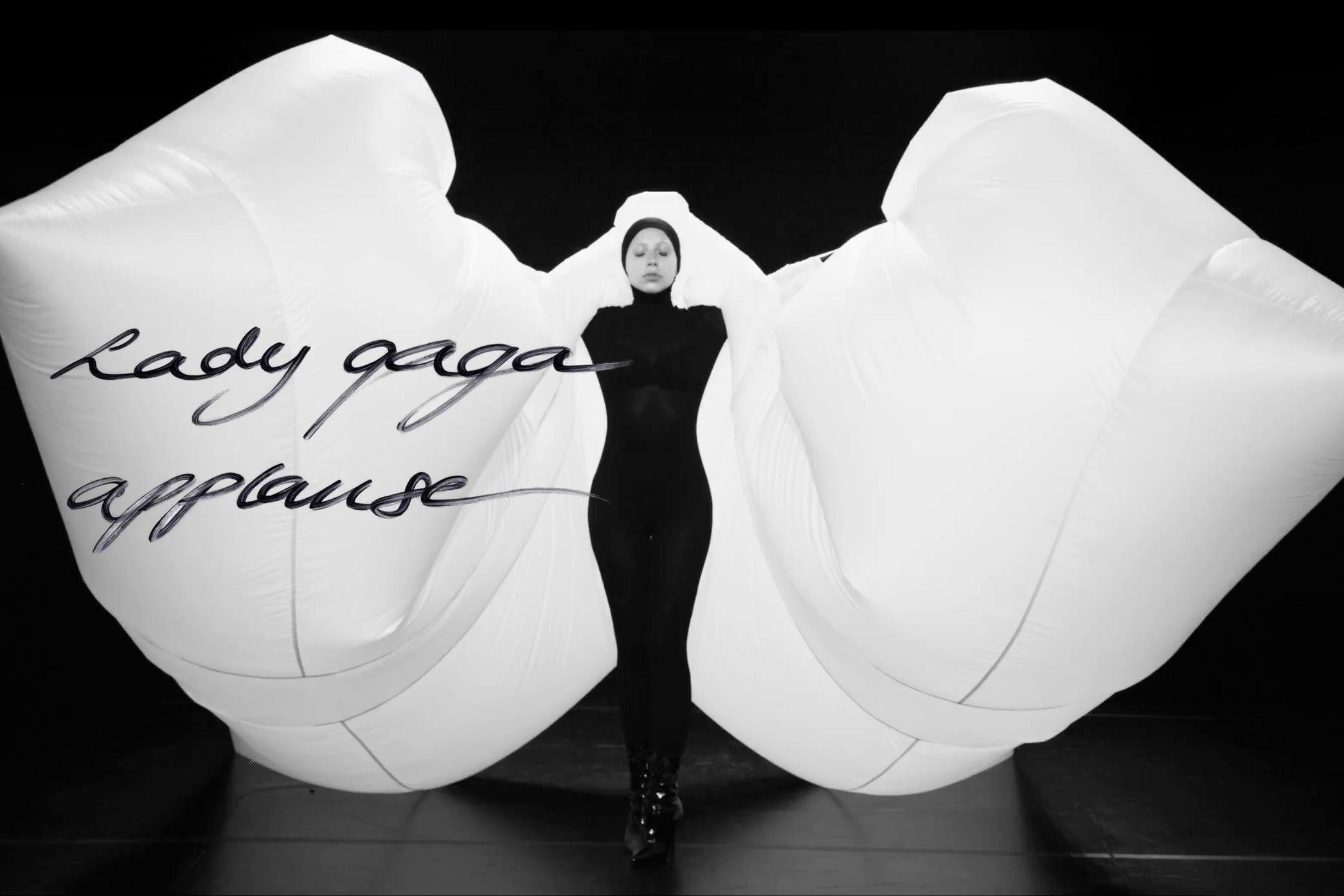 Lady GaGa Applause