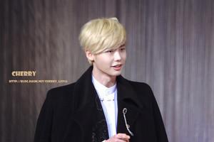 Lee Jong Suk @ SBS Drama Awards 2013