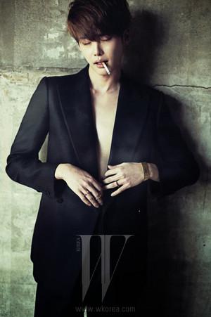 Lee Jong Suk 'Wkorea'