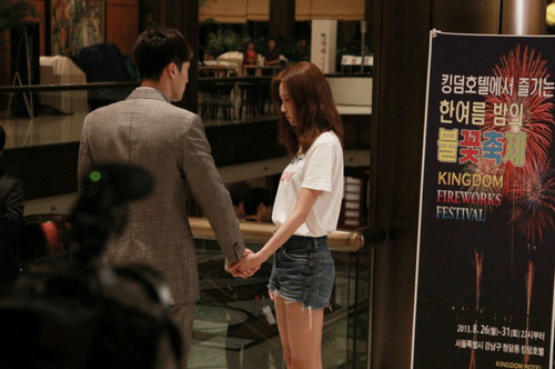 MASTER'S SUN KDRAMA Hintergrund probably containing a sign, a street, and a speiselokal, diner entitled master's sun 2013
