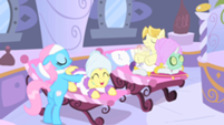 Fluttershy Getting a Massage