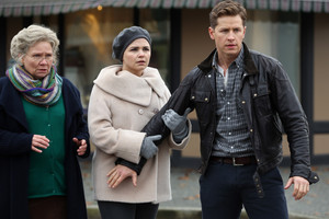 Once Upon a Time - Episode 3.11 - Going 首页