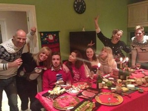 Liam Payne with Sophia Smith at her house, celebrating Christmas♥