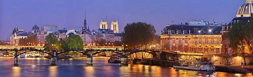 Paris wallpaper with a business district called Paris