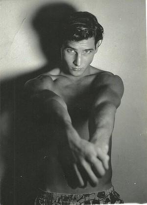 Peter Facinelli *O*
