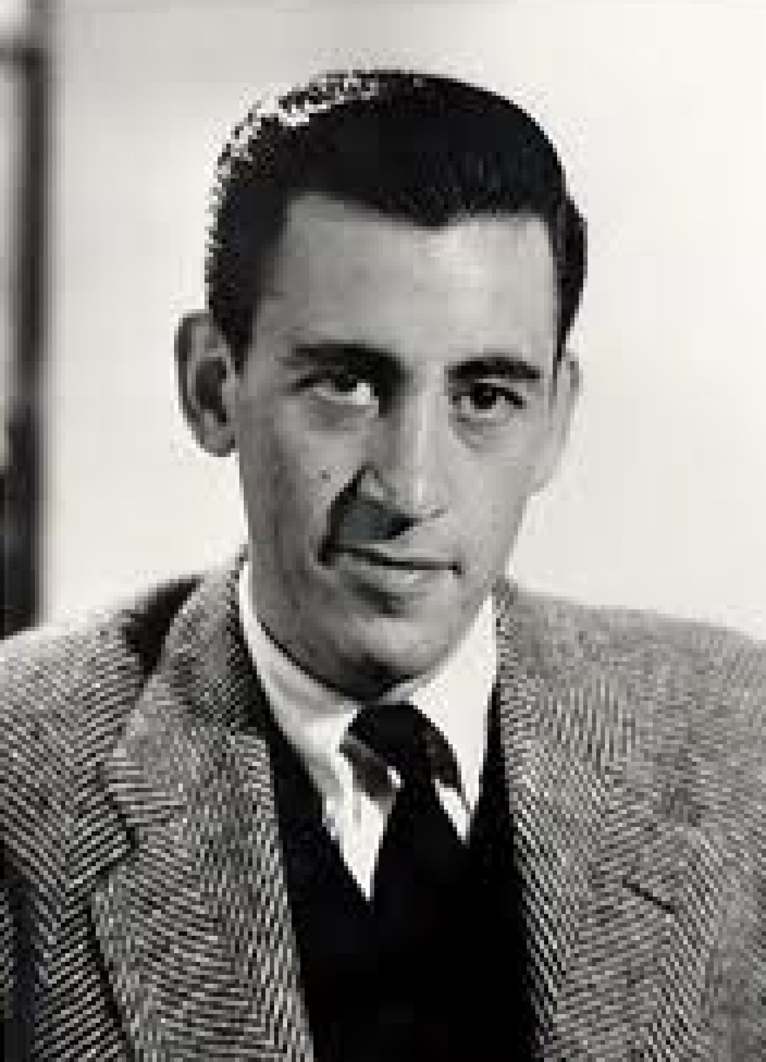 J D  Salinger - Poets & Writers Photo (36340501) - Fanpop