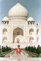 Princess Diana at the Red Fort in front of the Taj Mahal in 1992 - taj-mahal photo