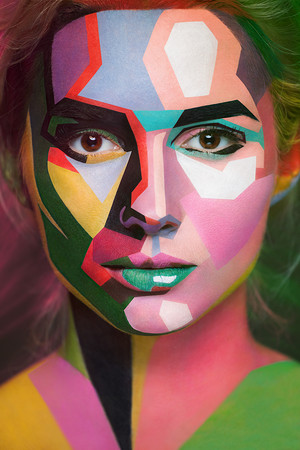Amazing Face-Paintings Transform मॉडेल Into The 2D Works Of Famous Artists द्वारा Valeriya Kutsan