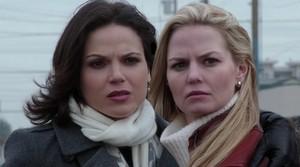 Regina dan Emma