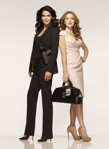 Rizzoli & Isles wallpaper containing a well dressed person, a hip boot, and a business suit titled jane rizzoli and maura isles