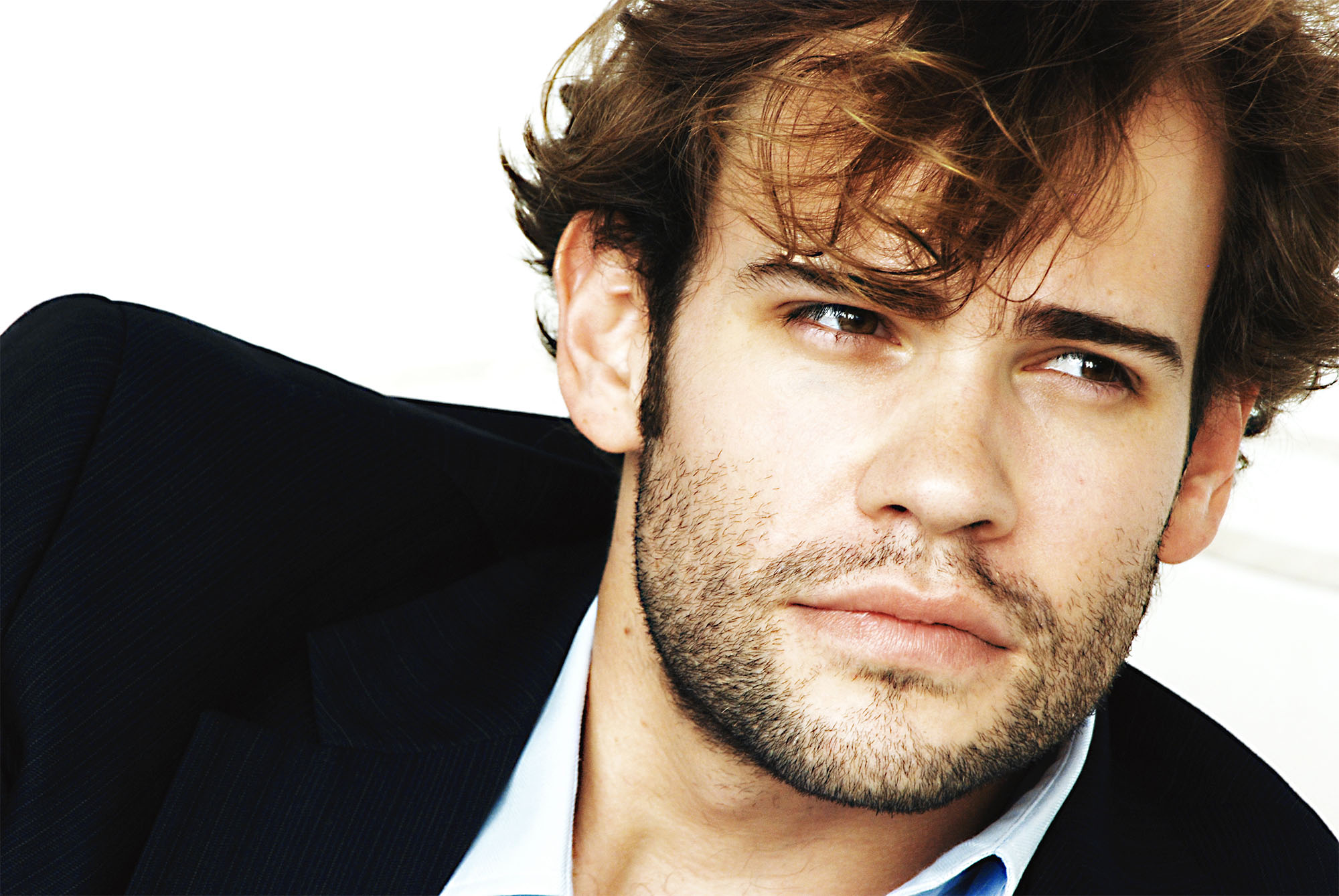 Watch Rossif Sutherland video