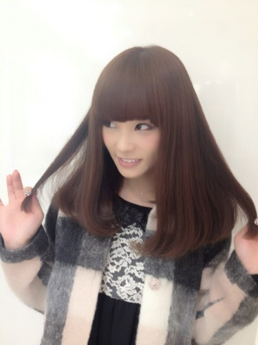 SCANDAL achtergrond probably with a stal entitled 日本女の子バンドのスキャンダル鈴木 理奈