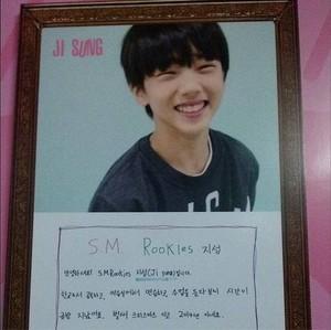 131221 Jisung's Message @ SMTOWN Week Exhibition