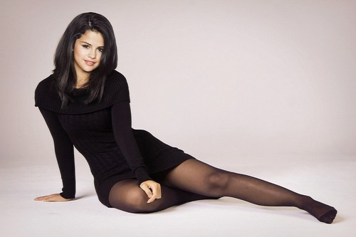 Selena Gomez wallpaper probably with tights and a leotard titled Selena Gomez