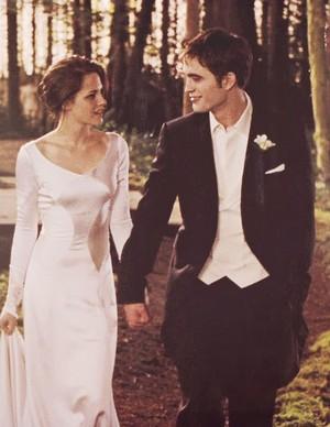 Edward dan Bella