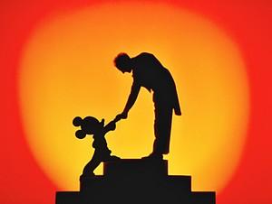 Walt Disney Screencaps - Mickey topo, mouse & Leopold Stokowski