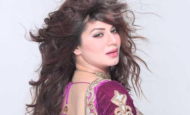 kainaat arora is the cousin of late actress Divya Bharti