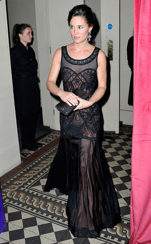 Prince William fond d'écran with a dîner dress titled pippa