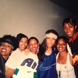 foto's geplaatst on Instagram/Twitter on Aaliyah's 35th Birthday! [January 16th]