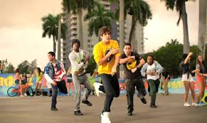 austin mahone in his new viedo banga banga