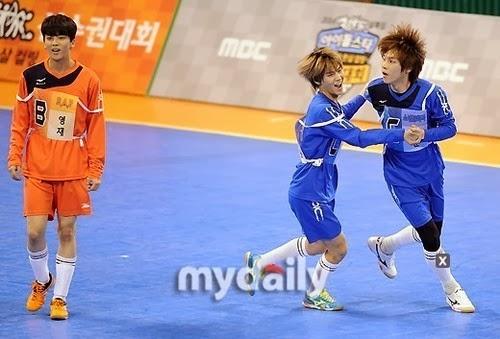 B.A.P at MBC Idol Championship (140113)