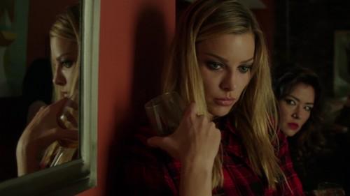 Chicago feuer (2012 TV Series) Hintergrund with a portrait entitled Leslie Shay Season 2 Auszeichnungen