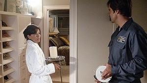 1x04 Who's That Woman?