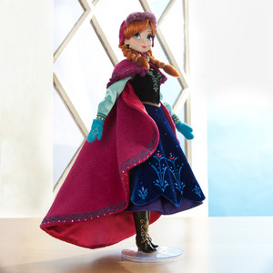 NEW Limited Edition Anna and Elsa 玩偶