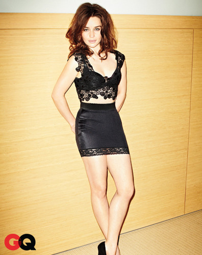Emilia Clarke fond d'écran possibly containing bare legs, a bustier, and tights called Emilia Clarke