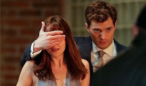 Jamie and Dakota filming scenes from Fifty Shades of Grey