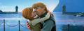 Anna and Kristoff Kiss (Good Quality)