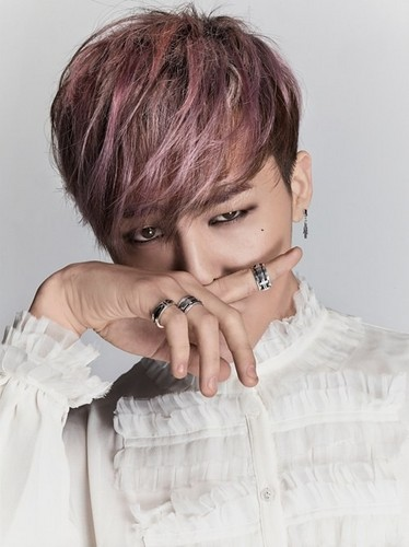 G-Dragon wallpaper called G-Dragon for 'J.Estina's men's jewelry line 'UOMO'