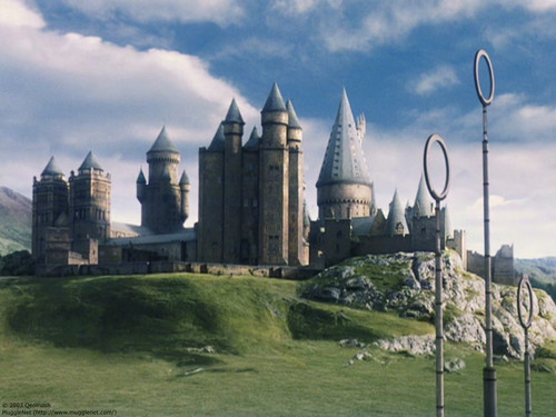 Harry Potter wallpaper probably with a castle, a palace, and a chateau called Harry Potter wallpaper